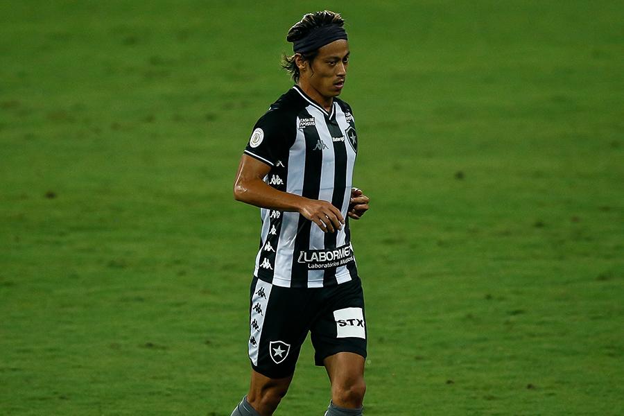 ボタフォゴでプレーするMF本田圭佑がランニングに励む様子を公開【写真:Getty Images】