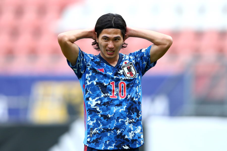 悔しがる日本代表MF南野拓実【写真:Getty Images】