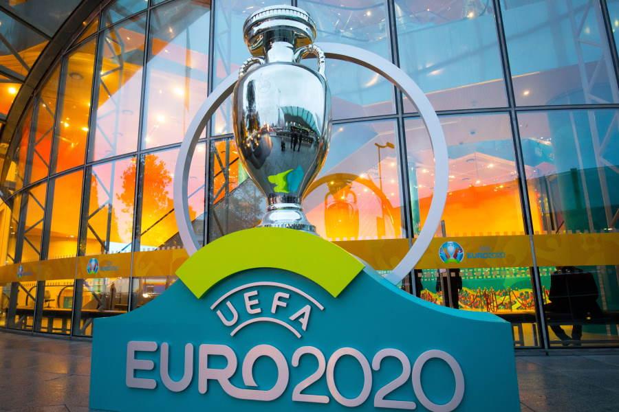 UEFA会長、来年へ延期のEUROに提言【写真:Getty Images】