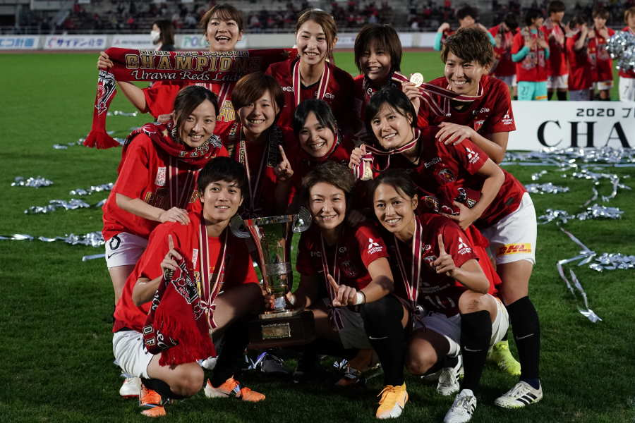 6シーズンぶりに優勝した浦和レッズレディース【写真:Getty Images】