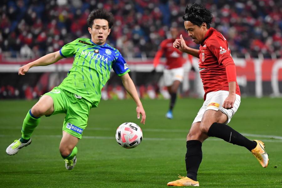 浦和対湘南は0-0のドローに…【写真:小林 靖】