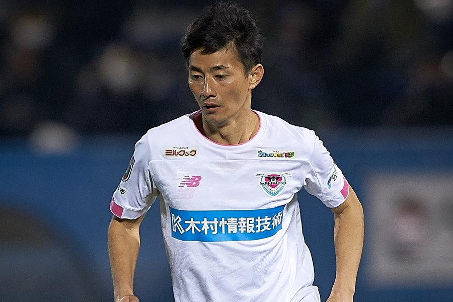 横浜FCへの完全移籍が決まったサガン鳥栖元日本代表MF高橋秀人【写真:Getty Images】