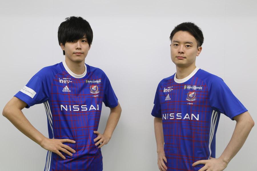 横浜F・マリノスeスポーツの選手として活躍するあぐのむ(左)としーまん【写真:Football ZONE web】