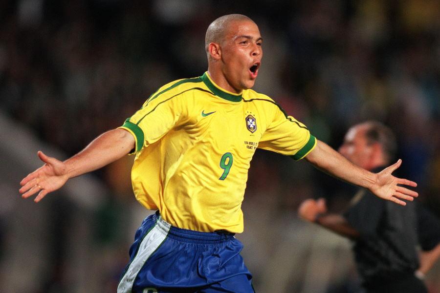 元ブラジル代表FWロナウド(※写真は1998年頃)【写真:Getty Images】