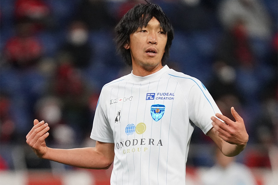 横浜FCでプレーするMF中村俊輔【写真:Getty Images】