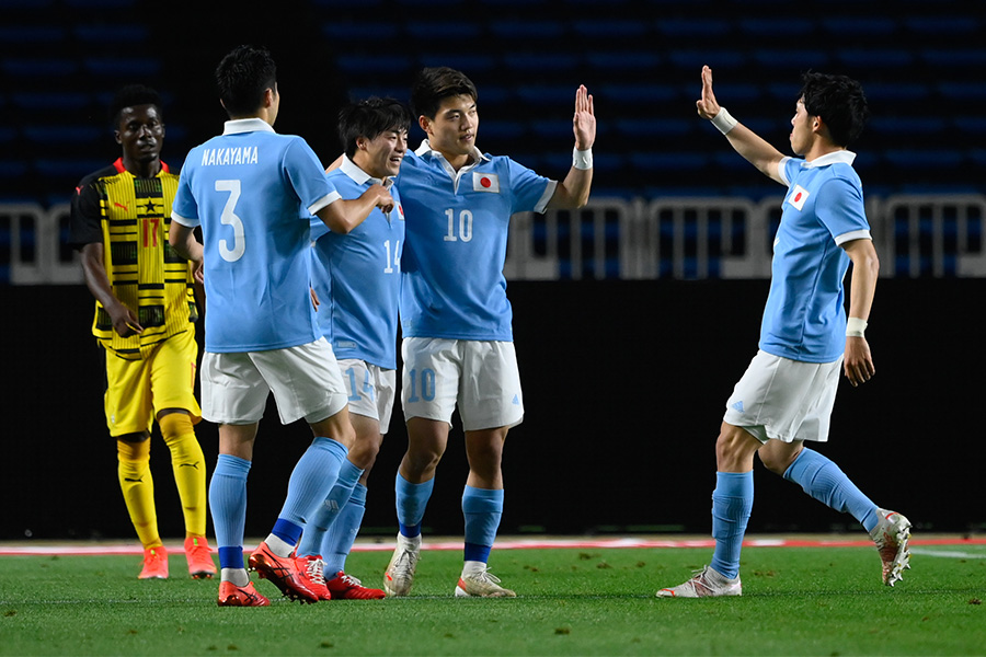 U-24日本代表が6得点を奪うゴールラッシュ【写真:浦 正弘】