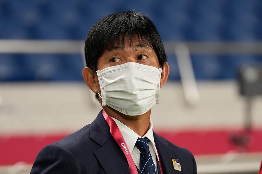 U-24日本代表を率いる森保監督【写真:AP】