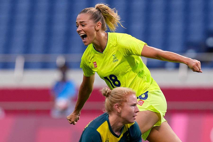 スウェーデン代表で活躍するFWフリードリナ・ロルフォ【写真:AP】