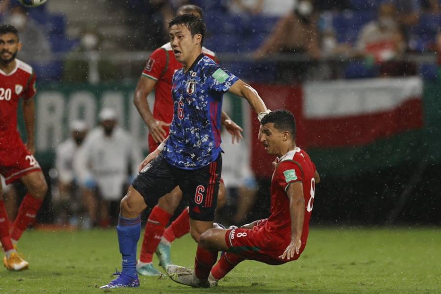 日本代表は試合終盤に失点しオマーンに敗れた【写真:Yukihito Taguchi】