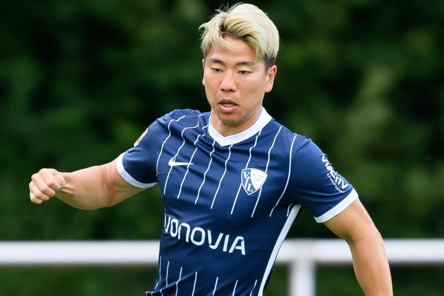 今季からドイツ1部ボーフムに移籍した日本代表FW浅野拓磨【写真:Getty Images】