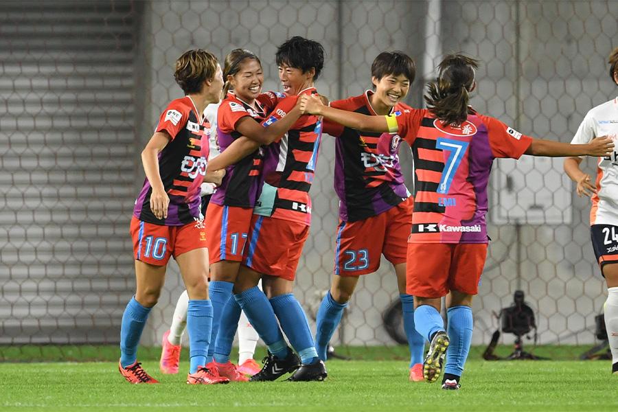 INAC神戸がWEリーグ開幕戦で快勝【写真:Getty Images】
