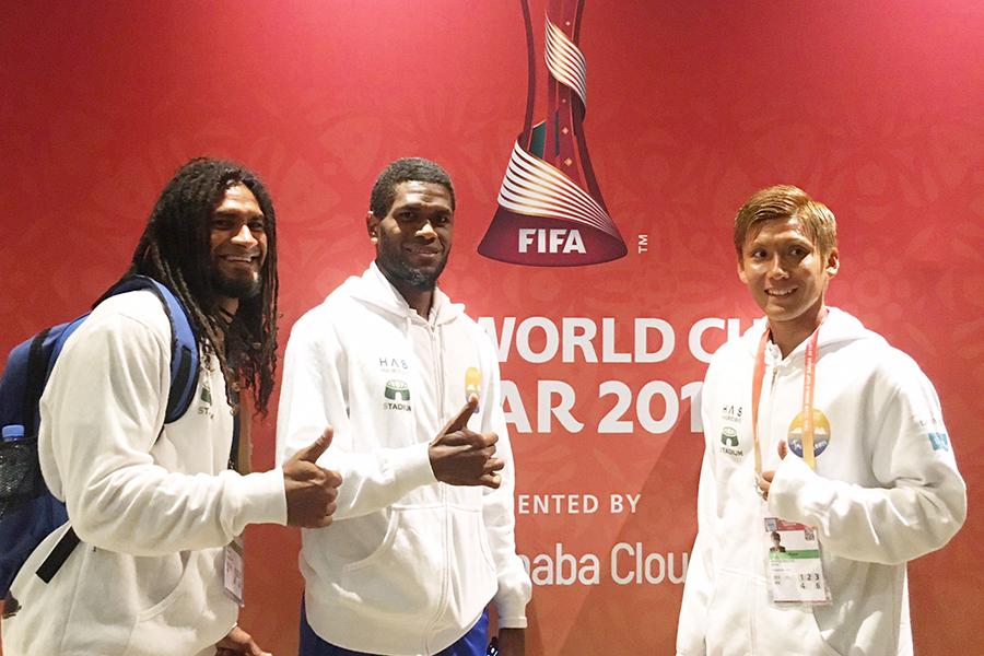 昨年12月に開催されたFIFAクラブワールドカップに日本人として唯一の出場(画像右)【写真提供:11aside】